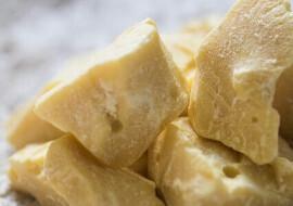 kostki masła kakaowego